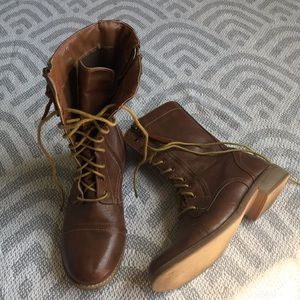 🌼3 for $15🌼Cathy jean lace up brown combat boot